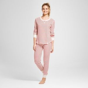 Heather Red & Oatmeal Two Piece Thermal Pajama Set
